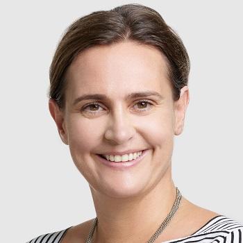 Prof Julia Kuehn